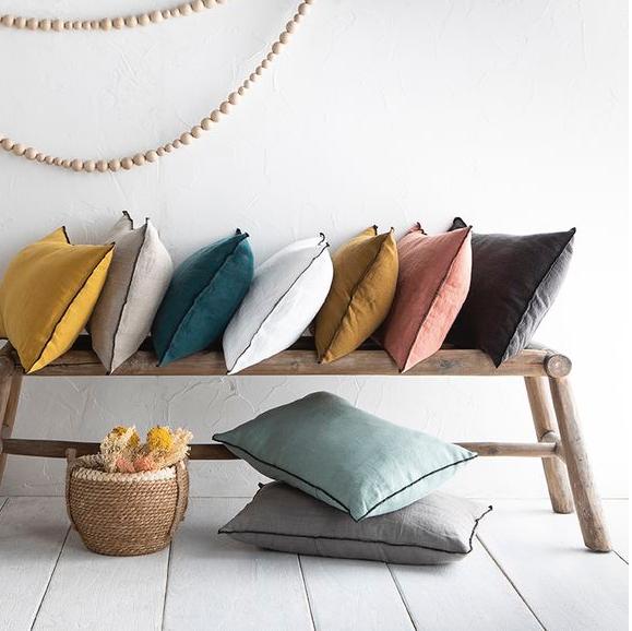 couleurs naturelles coussin et banc en bois
